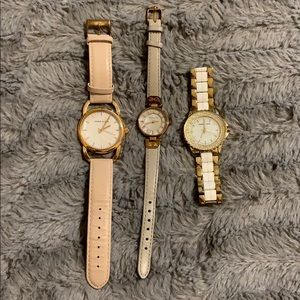WATCH. BUNDLE THE WATCHES. TO SAVE.